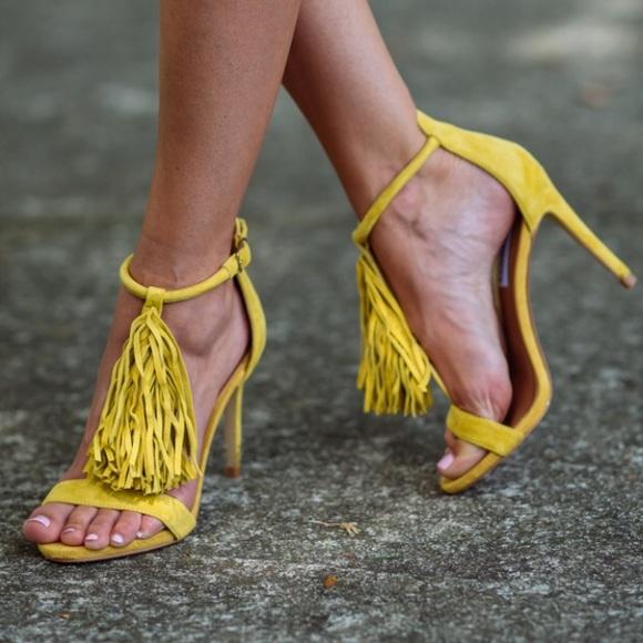 5a463ed24dd5 Yellow fringe Steve Madden heels. M 5aca6b889d20f0b978ee638f